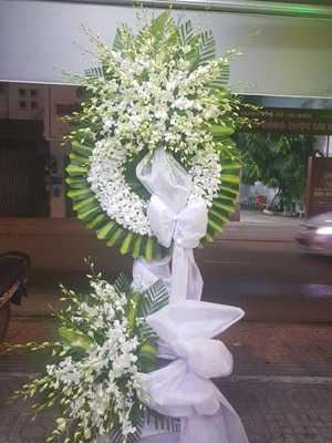 Lãng hoa chia buồn nhà tang lễ số 5 Trần Thánh Tông