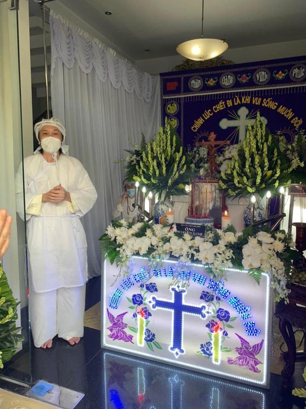Xin Chia Buồn với Tang Lễ của Bố của NS Hoài Linh