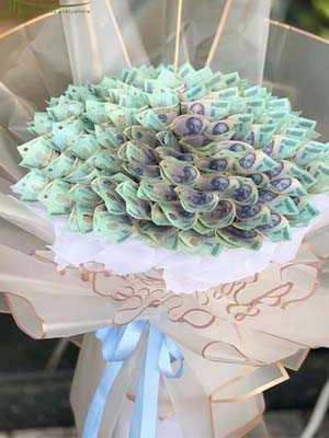Ảnh hoa sinh nhật bó tiền 500k