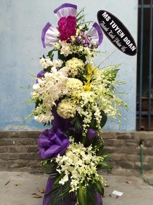 Đặt hoa chia buồn đẹp