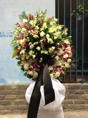 Địa chỉ đặt hoa đám ma Hà Nội