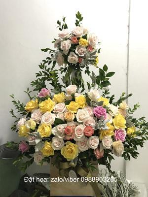 Giỏ hoa 2 tầng tặng sinh nhật