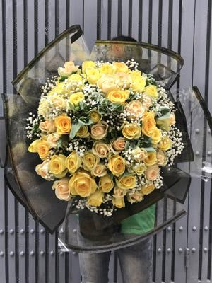 Hoa ngày 20/10 hoa hồng vàng