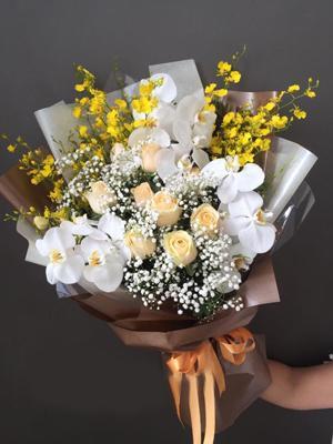 Mẫu hoa sinh nhật đẹp lan hồ điệp