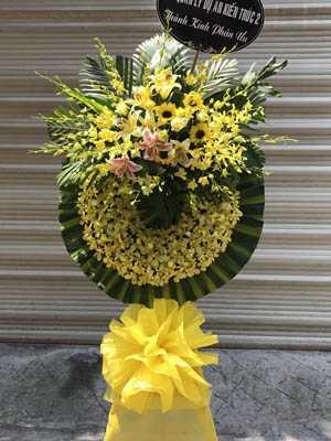 Vòng hoa chia buồn đẹp