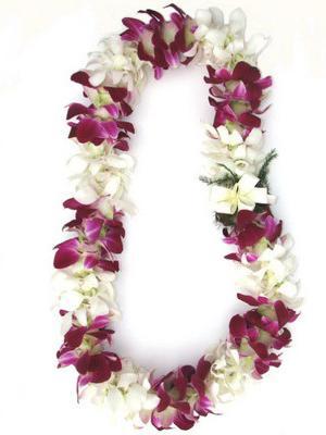 Vòng hoa đeo cổ